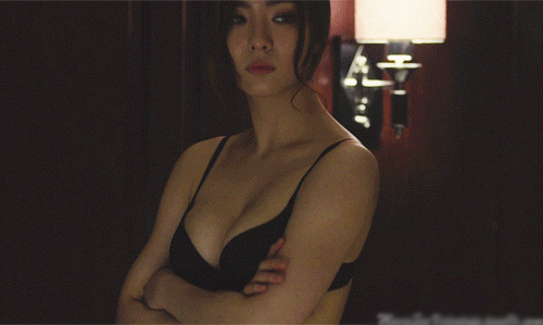12 Hot Pictures Of Shin Se Kyung