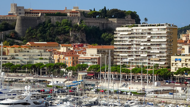On the top and overlooking the hercule port