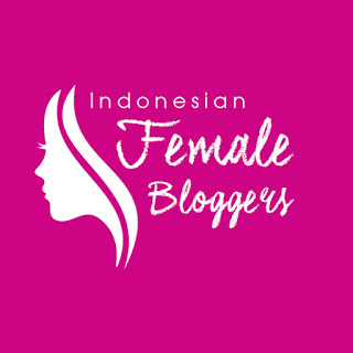 Indonesian Female Blogger