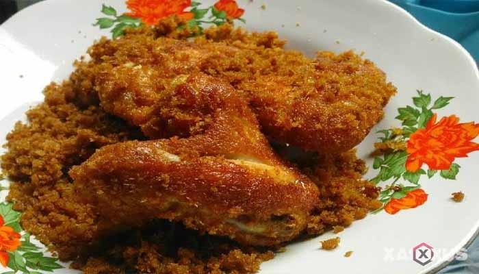 Resep cara membuat ayam goreng serundeng sederhana