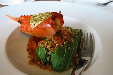 Bangkok, Paste, grilled river prawns