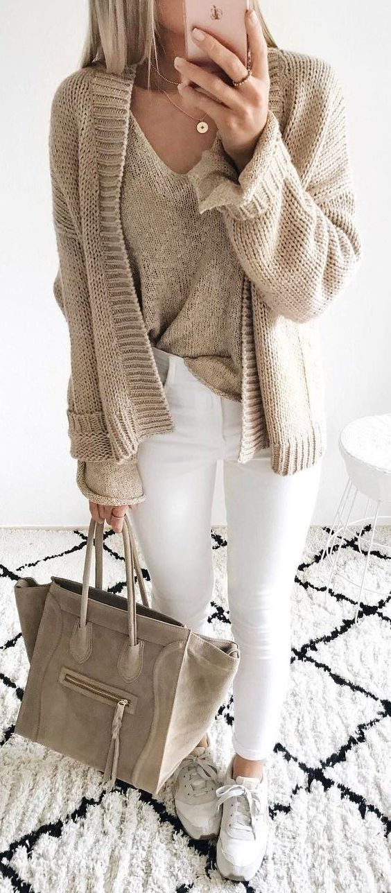 nude and white fall outfit / knit cardigan + sweater + bag + skinnies + sneakers