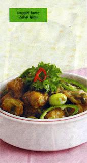 Lumuri ikan tenggiri dengan garam dan air jeruk nipis Tengiri Taoco Cabai Hijau