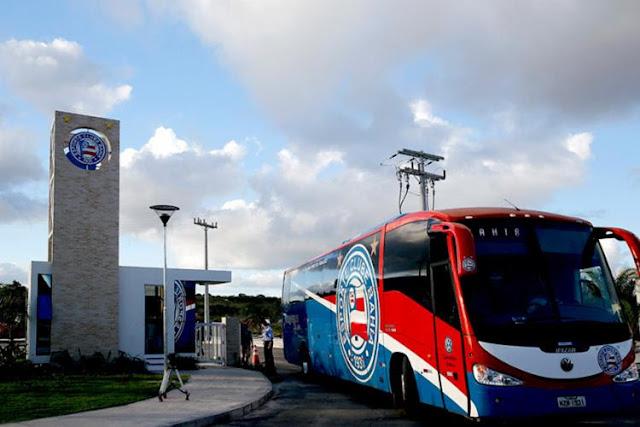 Ônibus do Esporte Clube Bahia (Foto: Felipe Oliveira/ EC Bahia)