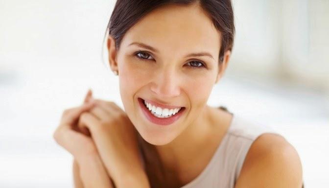 7 Cara Memutihkan Gigi Dengan Bahan-Bahan Alami