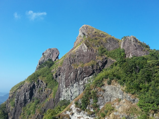 Mt. Palay- Palay (Pico De Loro)