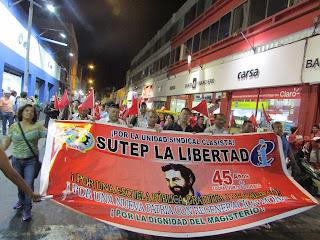 SUTEP participando en la Jornada Nacional de Protesta 11 de Enero
