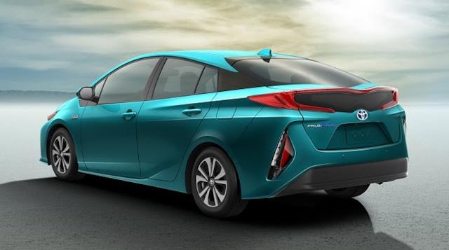 2017 Toyota Prius Prime Advanced Mpg