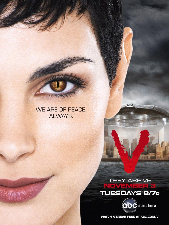v goście 2009 serial recenzja plakat morena baccarin