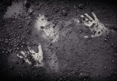 Resultado de imagen de enterrado vivo