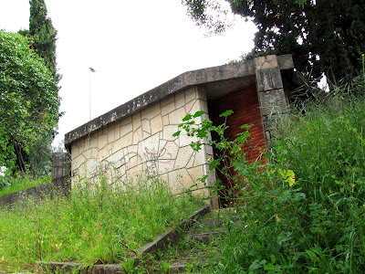 Resultado de imagem para imagens sanitários rua da fabrica e cerrada dos caes em tomar a dianteira