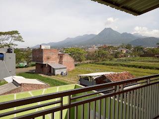 View memukau dari kamar villa alun-alun batu