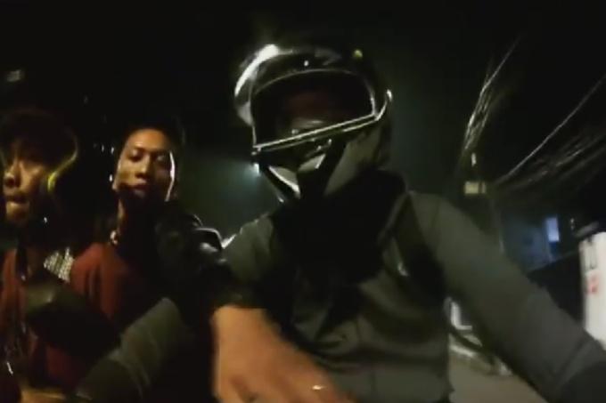 Asyik Nge-Vlog di Atas Motor, Youtuber Ini Nyaris Jadi Korban Begal