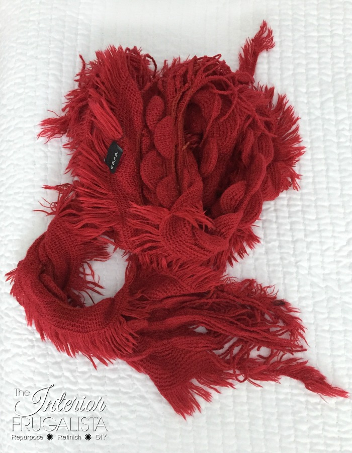Valentine's Wreath Red Scarf