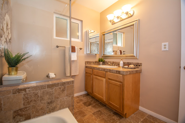 4550-Pedley-Ave-Avenue-Norco-CA-Celina-Vazquez-Realtor-Broker-Eastvale-909-697-0823-Mira-Loma-Vista-Property-Management-5-43.jpg