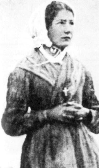 Mélanie Calvat tinha 14 anos quando viu a Nossa Senhora
