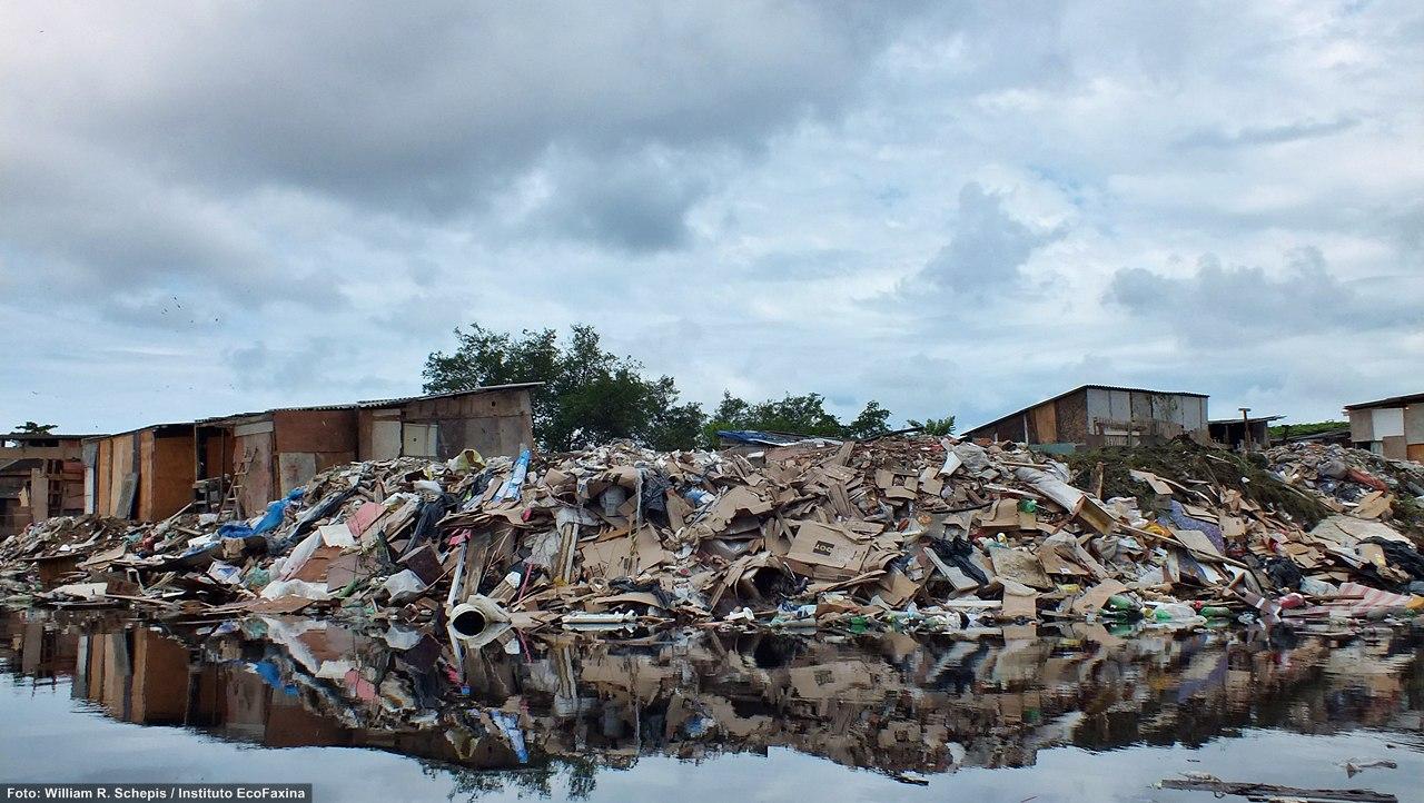Dique da Vila Gilda, Zona Noroeste de Santos. Crédito: William R. Schepis/Instituto EcoFaxina