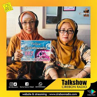 Talkshow Sareng Yayu Leli (Angkatan 83) Lan Yayu Mukti (Angkatan 88) Panitia Reuni Akbar Lintas Angkatan SMPN 4 Kota Cirebon
