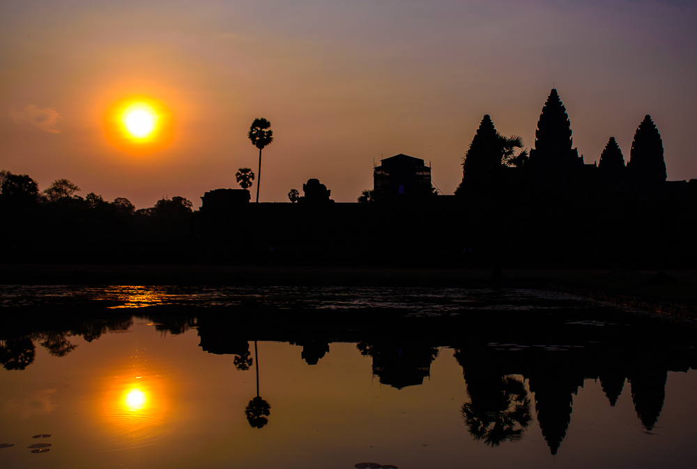 sunrise at angkor wat temple siem reap cambodia travel blog image