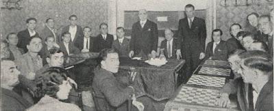 Conferencia en la Peña Rayo de Ajedrez en 1932