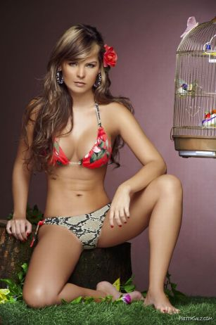 Melissa Giraldo Bikini Photoshoot  Famous Celebrities