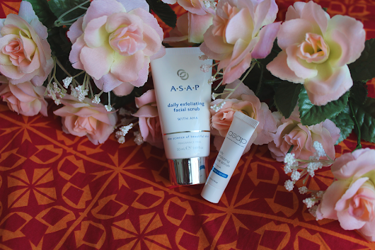 REVIEW | ASAP Daily Exfoliating Facial Scrub with AHA