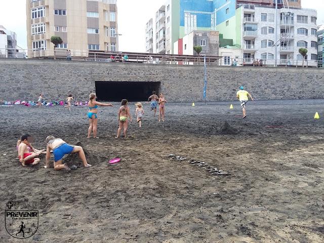 arena playa canteras niños juegos