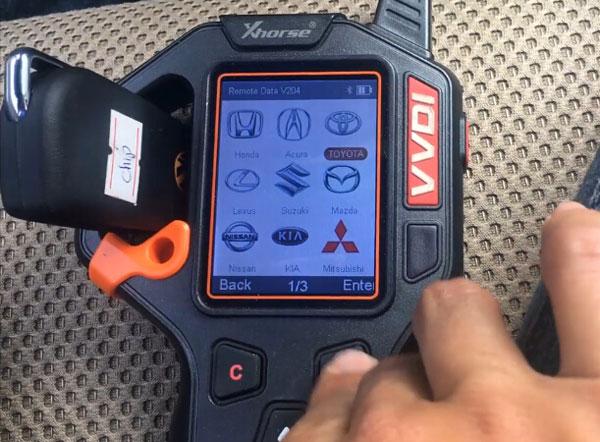 vvdi-key-tool-hilux-2014-remote-6