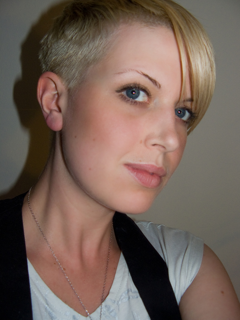 hair cuts styles: short hairstyles for summer and great clothes