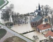 Foto Cover Bron Besluiten onder onzekerheid: hoe gebruiken bestuurders van de Nederlandse waterschappen statistische informatie over onzekerheid bij beslissingen over wateroverlast? (Beeldbank Rijkswaterstaat)