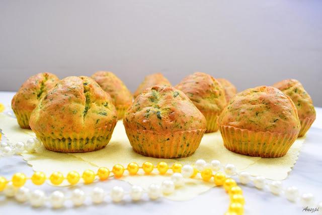Muffinki ze szpinakiem i serem feta