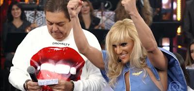 SHOW DOS FAMOSOS:Hugo Bonemer se diverte com  memes após imitar Britney Spears