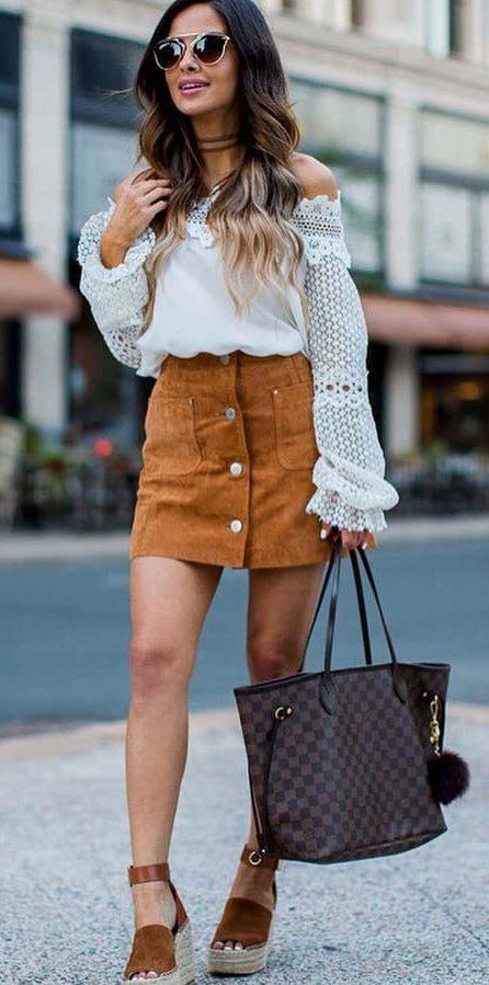 ootd: white top + bag +skirt
