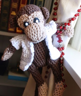 http://translate.googleusercontent.com/translate_c?depth=1&hl=es&rurl=translate.google.es&sl=no&tl=es&u=http://amigurumi.blogg.no/1272010406_herr_nilsson__vanskel.html&usg=ALkJrhhGznuW_IGpn-TulOqDquVxDrRfJQ
