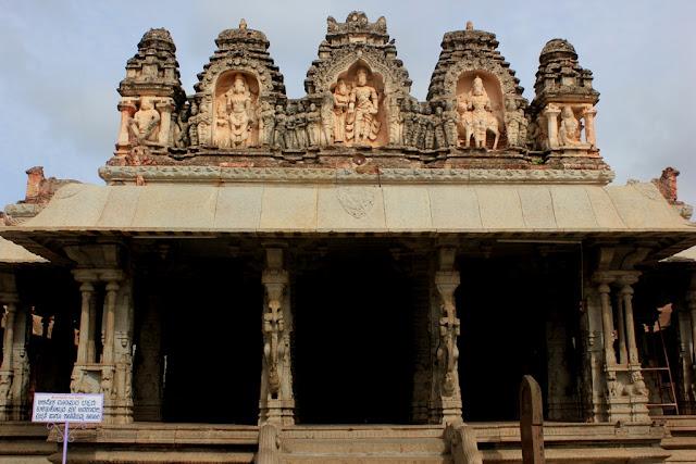 Ranga Mantapa, Virupaksha Temple - Hampi Pick, Pack, Go