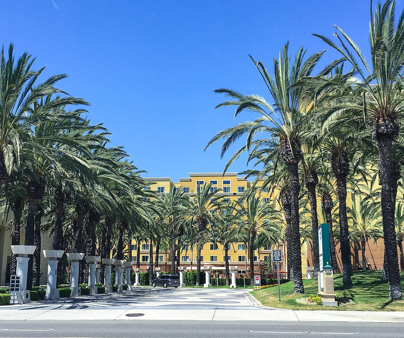 Ninasstyleblog,Travel, AnaheimCalifornia