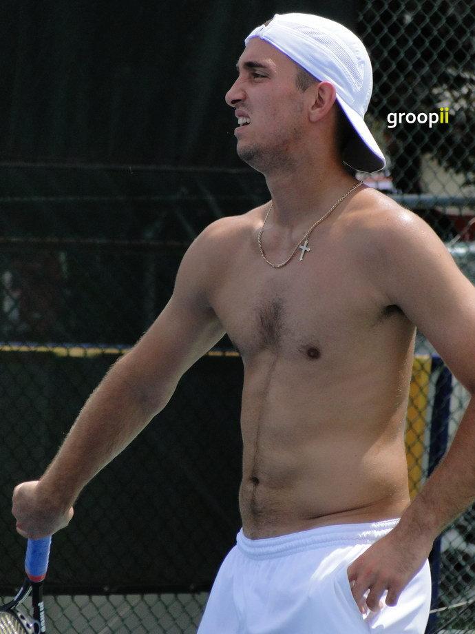 Juan Monaco Shirtless at Cincinnati Open 2011 | Juan