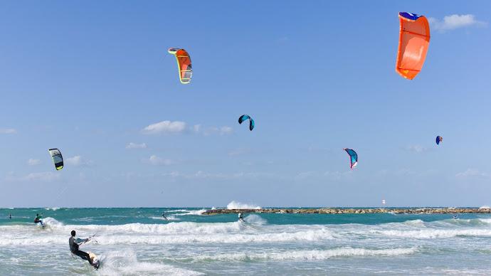 Wallpaper: Kitesurfing