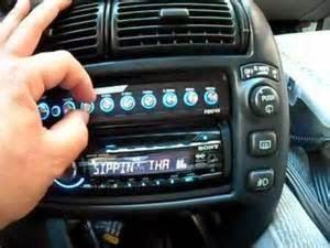 Yang Harus Diperhatikan Pada Equalizer Anda  Menambahkan equalizer untuk audio mobil Anda Memungkinkan Anda untuk Fine Tune Suara Anda  Hal ini penting untuk menyadari betapa tepat Anda berencana untuk mendapatkan penyesuaian suara Anda. Sebuah equalizers paling umum tersedia dengan 7 band disesuaikan,