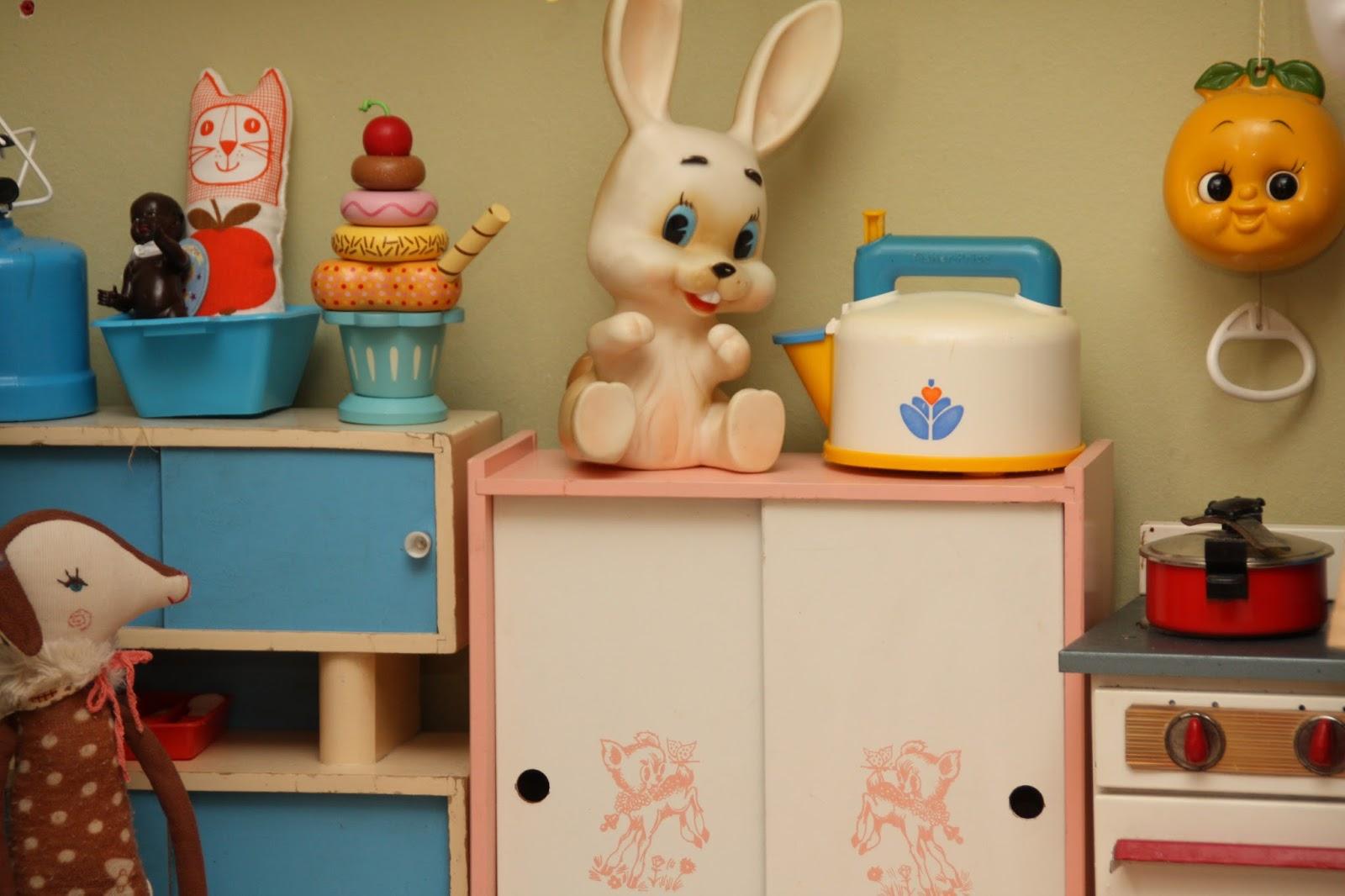 cuisine r tro pour petite fille. Black Bedroom Furniture Sets. Home Design Ideas