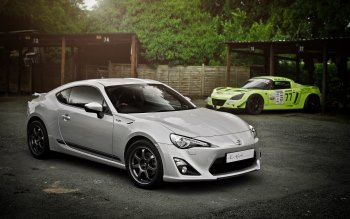 Wallpaper: Toyota GT86 and Vauxhall VX220