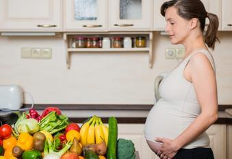 Makanan dan Minuman Larangan Ibu Hamil