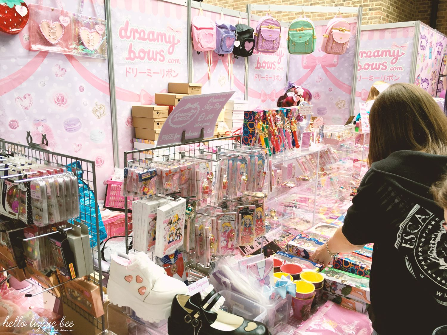 dreamy bows hyper japan stall