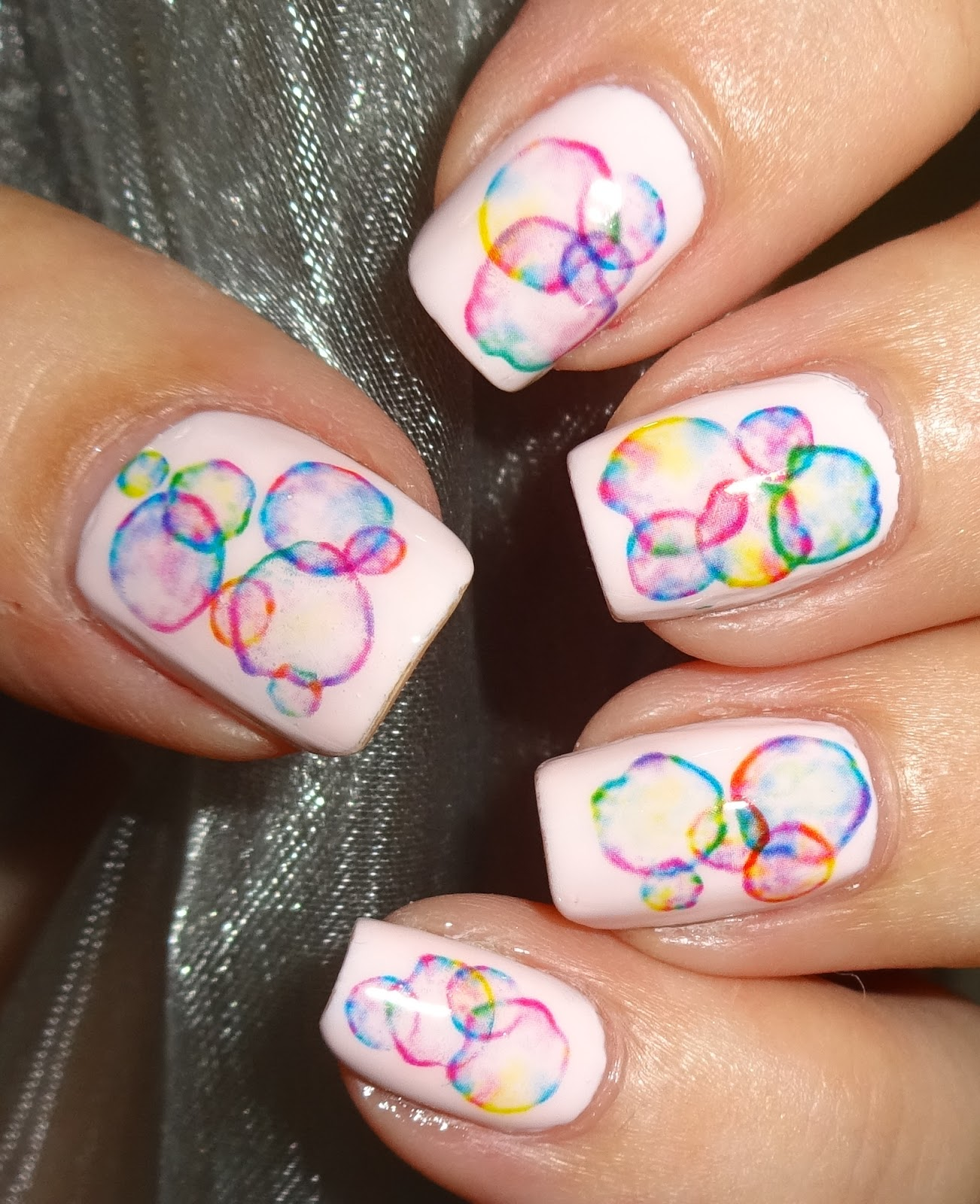 Piggieluv Rainbow Bubbles Nail Art: Wendy's Delights: Rainbow Bubble Water Decals From Born