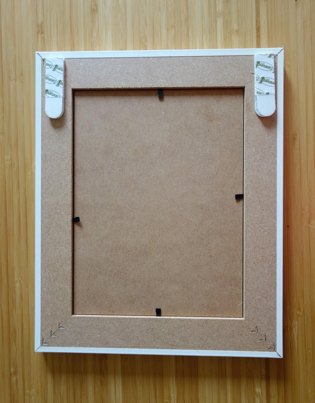 Accroche Mur Sans Trou initiales gg  : {test} accrochez vos tableaux sans percer