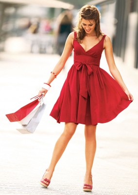 06340d68e9 Invitada a una fiesta de improviso  Tips para elegir tu vestido ...