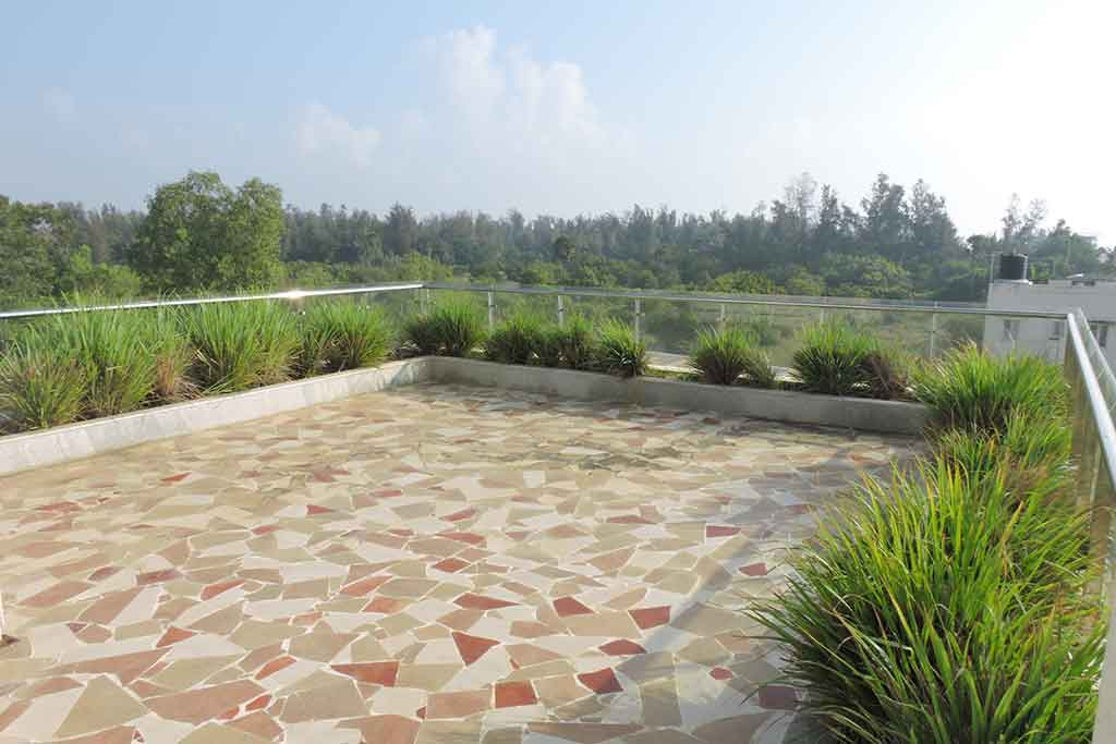 beach house for rent in ecr for party