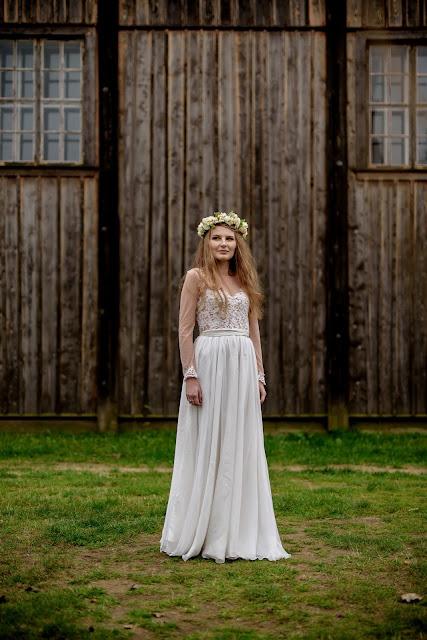 Własnoręcznie uszyta suknia ślubna