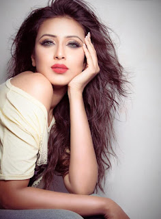 Bidya Sinha Saha Mim Sexy Looking In Romance