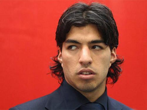 Người đại diện cũ nói Suarez có vấn đề thần kinh